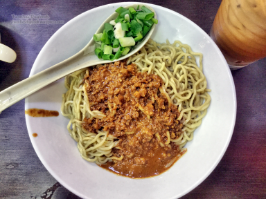 Special sauce handmade noodle (34 HKD)
