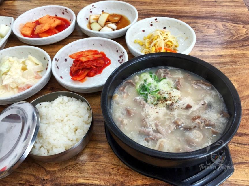 Where to Eat in Seogwipo: Hyeoni's Gukbap – Local Rice Soup![현이네국밥]